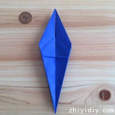 可爱的小燕子儿童手工折纸教程